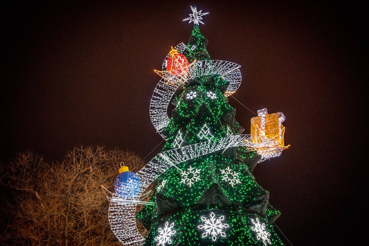 Odessa's main Christmas tree 2019 — Lumiere | Light illumination | Ukraine